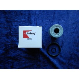 Fleetguard gear oil filter 60770